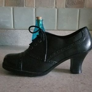 Hot Cakes black tie ankle boots 9W